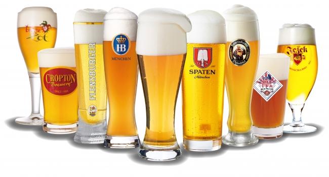 夏には世界のビールが楽しめるビアガーデンに!!