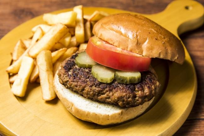 アメリカンハンバーガー 850円
