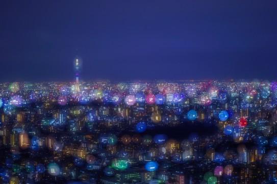 「アメ玉みたいな東京の街」