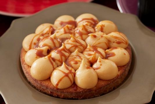 洋梨とキャラメルのケーキ