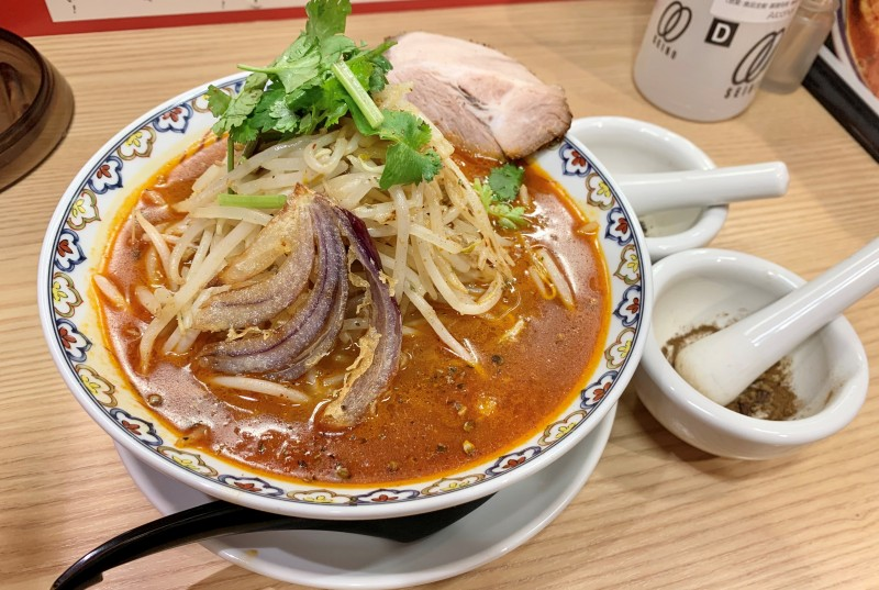 """Red Peacock"" (880 yen) * Noodle change + 50 yen"