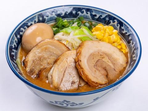 [Men Takumi Sakura] x [Kanazawa Gold Curry Main Store]